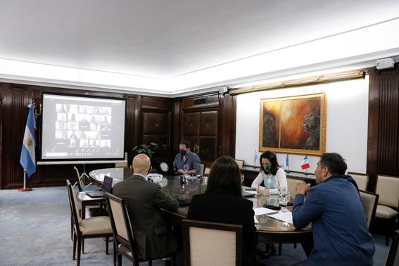 Arzani y funcionarios del Ministerio de Ambiente provincial participaron de la 42 Asamblea extraordinaria del COFEMA